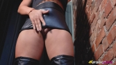 hannah-shaw-back-alley-action-128