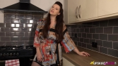 ivy-l-flash-cooking-103