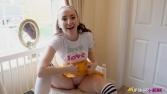 sophia-smith-fun-in-the-dorm-129