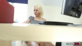 Katy_Lou_Office_Voyeur_55
