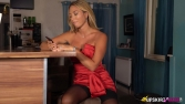 natalia-lady-in-red-104