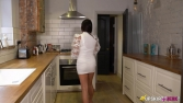 roxxy-lea-lets-have-a-quickie-105