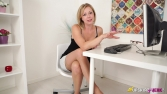 lucy-lauren-quick-office-wank-100