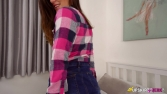 laura-new-girl-on-campus-130